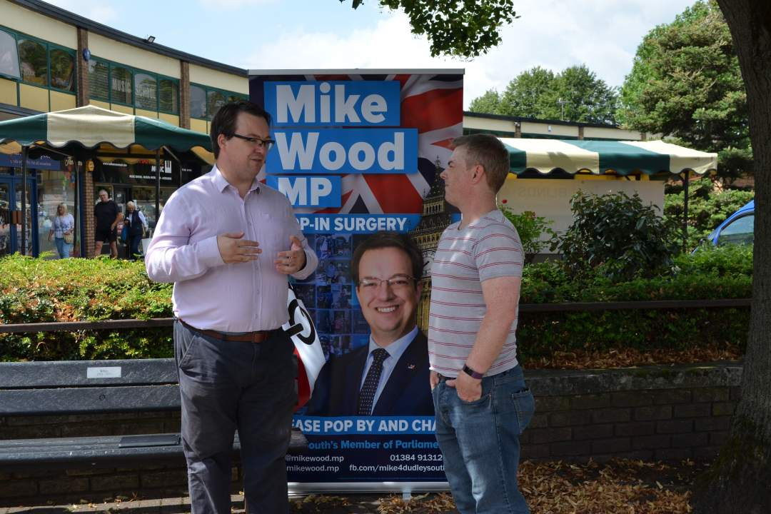 Mike chatting to constituents in Townsend Place during his summer tour